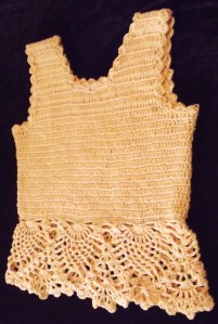 final look on pineapple crochet tee- by Glaser Crafts
