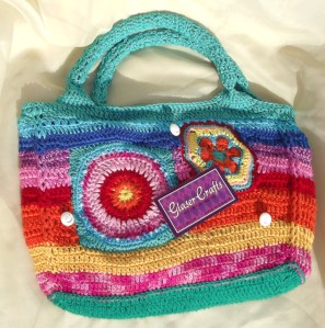 crochet colorful purse smilie buttoms